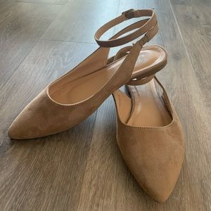 Journee Collection Flat